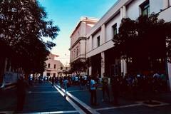 Parte la scuola a Bari, mascherine e ingressi contingentati. Ma non mancano i disagi