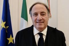 Rientro in classe in Puglia, Leo: «Garantiti autobus in caso di ingressi scaglionati»