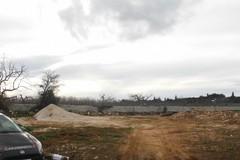 Polignano, deposito illegale di rifiuti in una contrada. Tre denunce
