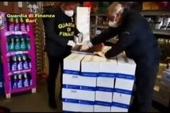 Mascherine e gel disinfettanti non conformi, maxi sequestro in provincia di Bari