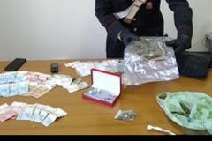 In casa aveva un bazar della droga, arrestato 17enne in provincia di Bari