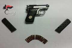 Polignano, nascondeva una pistola in garage. Arrestato imprenditore