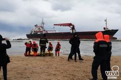 Nave turca incagliata, ferito soccorritore della Guardia costiera