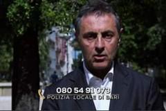 Truffe agli anziani, a Bari numero verde per le denunce e uno spot con Antonio Stornaiolo