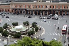 Mobilità intermodale nelle stazioni, firmato l'accordo Regione Puglia-Rfi