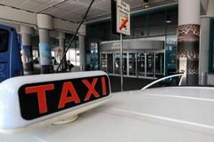 A Bari la protesta dei tassisti, le limitazioni al traffico
