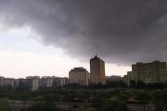 Pioggia e grandine su Bari