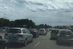Bari, caos per il cantiere in via Amendola 5 km di coda