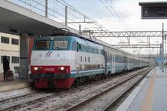 Orari estivi, Trenitalia va parzialmente incontro ai pendolari di Bari