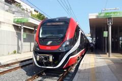 Sulla linea Bari-Putignano debutta il treno elettrico di Ferrovie sud-est