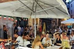 """Ferragosto, a Bari occupato il 90% delle strutture turistiche. Decaro: """"Si riaccende la speranza"""""""