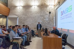 Bari, full immersion nel mondo dei motori, al via la summer school del Politecnico
