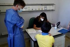 Bari, al Policlinico partite le vaccinazioni per i fragili tra i 12 e i 15 anni
