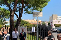 A Bari una via dedicata ai donatori di sangue, scoperta la targa a Palese