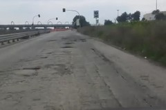 Viale Degennaro, appello dei cittadini: «Strada pericolosa»