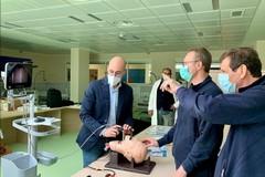 Policlinico di Bari, 25 imprenditori donano un videolaringoscopio