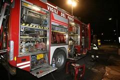 Incendio a Noicattaro, uomo si lancia dal balcone per evitare le fiamme