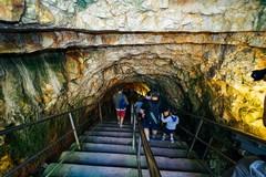 Le Grotte di Castellana riaperte dopo il lockdown, 250 visite in un giorno