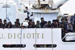 Nave Diciotti, l'arcidiocesi Bari-Bitonto: «Pronti ad accogliere alcuni migranti»