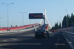Ponte Adriatico via libera per i pedoni, ma niente bici