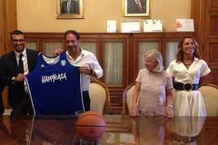 La grande pallacanestro torna al Palaflorio. Giovedì l'amichevole Brindisi-Mornar Bar