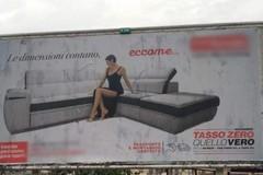 Pubblicità sessista in giro per Bari, la commissione Pari opportunità: «Svilito ruolo della donna»