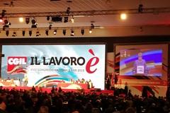 Aperti i lavori del congresso Cgil a Bari. Camusso: «Mezzogiorno al centro dell'agenda»