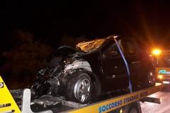 Tragico incidente nella notte sull'A14 in direzione Bari, due morti e un ferito