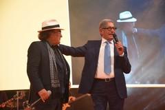 Megamark festeggia con i dipendenti i 45 anni: «Una grande famiglia felice»