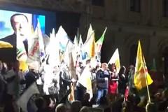 Comunali Bari 2019, durante il comizio di Di Rella il ritorno della telefonata di Berlusconi