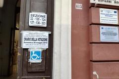 No alle elezioni nelle scuole, l'appello di 18 parlamentari in Italia