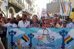 Oggi il Bari pride, limitazioni al traffico in piazza Libertà