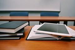 Libri gratuiti per gli studenti di Puglia, riaperti i termini
