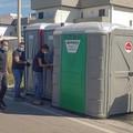 Lungomare di Bari, sulle spiagge libere arrivano i bagni chimici