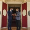 Riccardo Muti a Bari, il sindaco gli consegna la Manna di San Nicola