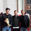 """SSC Bari, Neglia, Feola e Hamlili in visita alla mostra  """"Un secolo d'azzurro """""""