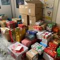 """""""Scatole gentili """", a Bari i cittadini donano regali natalizi alle persone in difficoltà"""