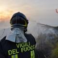 Continua a bruciare Difesa Grande a Gravina in Puglia, in azione i canadair