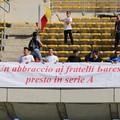 I tifosi della Cittanovese omaggiano il Bari: «Un abbraccio, presto in Serie A»