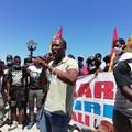 A Bari protestano i braccianti, Aboubakar Soumahoro: «Regione non fermi nostra emancipazione»