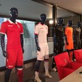 Nuove maglie per i giocatori del Bari