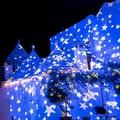 Turismo: Alberobello sfida Polignano a colpi di luminarie