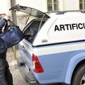 Bomba a mano sotto il cassonetto in viale Einaudi, intervengono gli artificieri