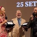 Bifest, Checco Zalone ospite a sorpresa: sul palco con Mirren, Hackford e Virzì