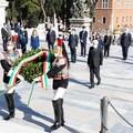Festa della Repubblica, Decaro a Roma con Mattarella: «L'Italia saprà mettersi alle spalle la crisi»