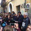 "Strada Vallisa cambia nome e diventa ""Rue de la poésie et des fleurs"""