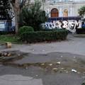 Nuova aggressione in piazza Umberto, accoltellato un uomo