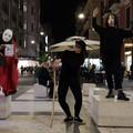 Via Sparano diventa teatro a cielo aperto. A Bari l'arte si fa in strada