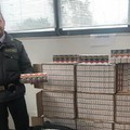 """Bari, fermato per contrabbando di sigarette, voleva  """"aumentare le proprie entrate """""""