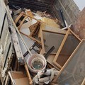 Sorpresi ad abbandonare in campagna cumuli di rifiuti, denunciati